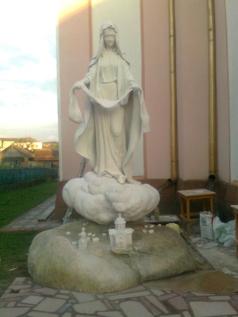Лепка статуя