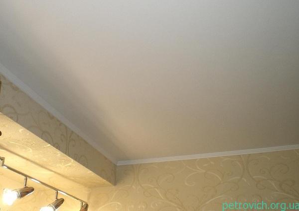 ремонт потолка