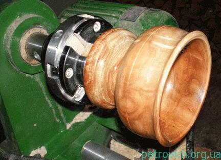 Токарные работы по дереву