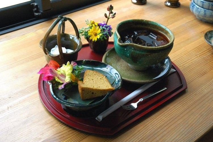 посуда Японский стиль интерьера
