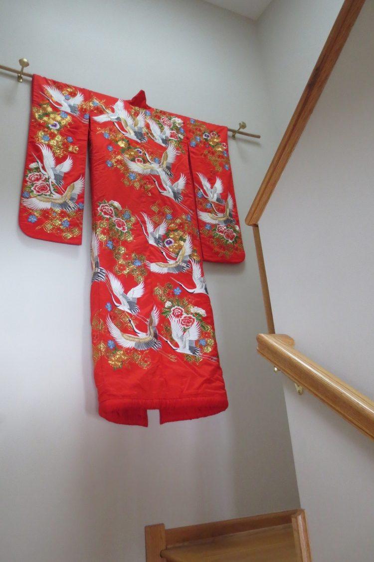 Свадебное кимоно в интерьере